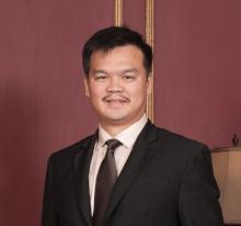 Dr. Steven E. Liauw